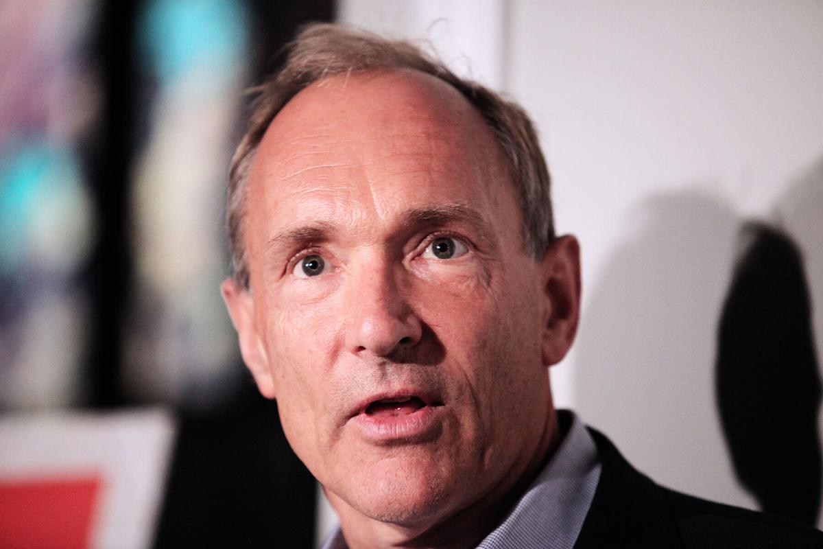 Portrait of Sir Tim Berners-Lee by Julian Hanford