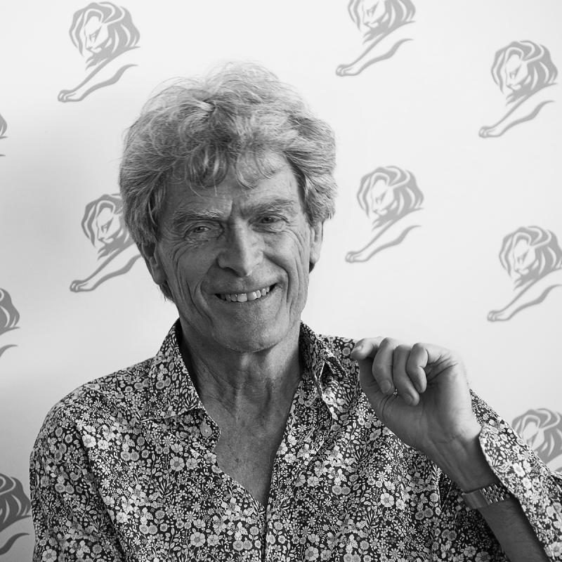 Portrait of Sir John Hegarty by Julian Hanford