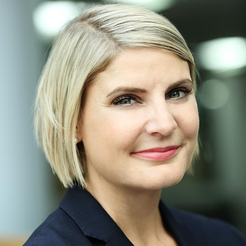 Corporate headshot for staff member at BBH Advertising Agency London by Julian Hanford