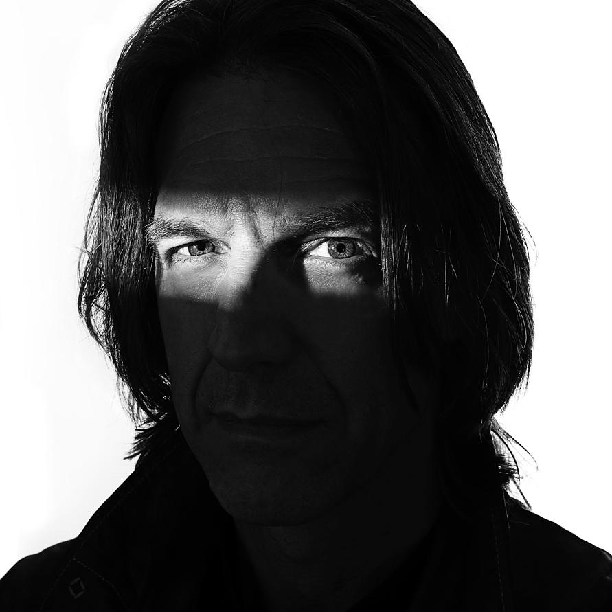 Portrait of Graham Fink by contemporary creative photographer Julian Hanford