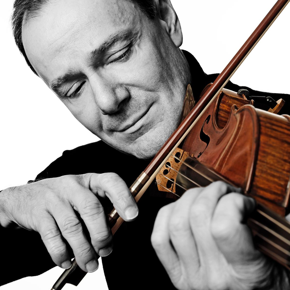 Portrait of classical musician Philippe Honore by London creative photographer Julian Hanford